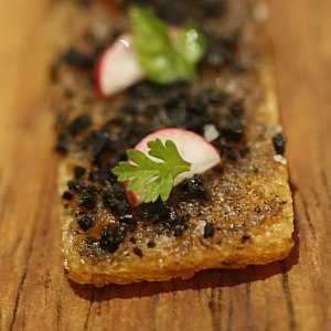 English: Oak Moss and Truffle Toast.