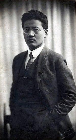 Turar Ryskulov - Image: Turar Ryskulov 1