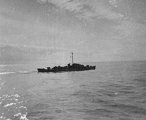 USS William Seiverling (DE-441) underway off the Korean coast, in 1951.jpg