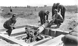 240 mm Trench Mortar - US gunners loading the mortar