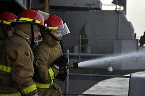US Navy 120210-N-UT411-310 Sailors participate in damage control training.jpg