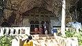 Upper Cave (12245778843).jpg
