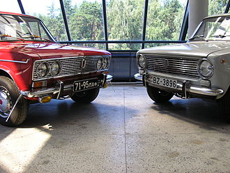 Curb feeler - Curb feeler on a 1973 VAZ-2103 Ziguli (left).