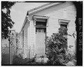 View of side of house facing east. - 2342-2344 West Madison Street (House), Louisville, Jefferson County, KY HABS KY,56-LOUVI,96-5.tif
