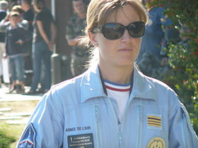 Commandant Virginie Guyot leader de la patrouille de France 2010.