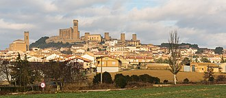 Artajona - General view of Artajona.