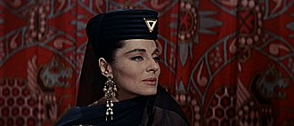 Viveca Lindfors - Lindfors as the Moabite high priestess in The Story of Ruth (1960)