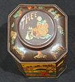 Voorraadbus voor thee van N Bonten theehandel 1820, Dordrecht, ca. 1900 pic1. 1900.JPG