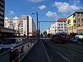 Vršovická, křižovatka s Moskevskou, od zastávky Koh-i-noor.jpg