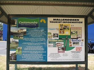 Information sign - A typical town information sign (Wallendbeen)