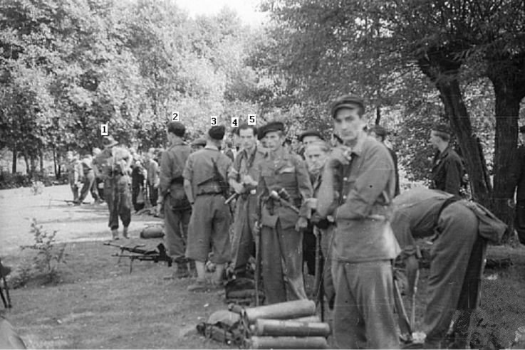 Warsaw Uprising by Gąszewski - Kampinos Regiment leaving for Warsaw