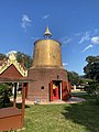 Wat Florida Dhammaram stupa at sarnath building.jpg