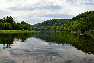 White River (Arkansas–Missouri) - White River near Flippin, Arkansas, May 2006