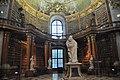 Wien, Österreichische Nationalbibliothek, Prunksaal (1726) (27870054649).jpg