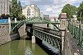 Wien - Zollamtsbrücke und Zollamtssteg.JPG