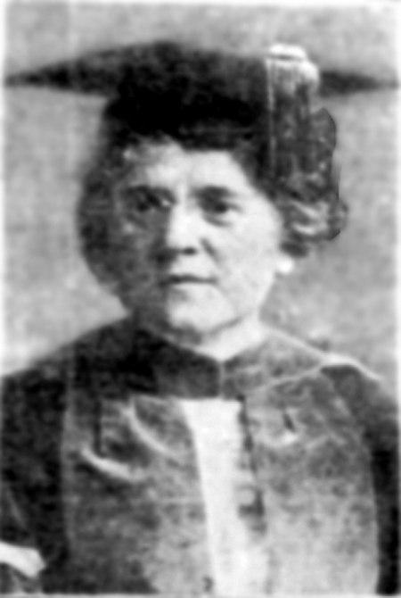 Winifred Josephine Robinson 1914.jpg
