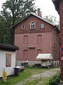 Wohnhaus im ehem. Betriebswerk der Isartalbahn.jpg