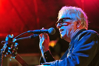 Wreckless Eric English rock and roll and new wave singer-songwriter