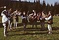 """Zespół Pieśni i Tańca """"Maśniaki"""" przy Okręgowej Podhalańskiej Spółdzielni Mleczarskiej w Zakopanem - Błękitna Polana - 000593s.jpg"""
