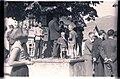 Ziljsko štehvanje 1956 - štehvanjski godci in pevci pod lipo.jpg