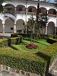 (Iglesia de San Francisco, Quito) Convento pic.ab16 interior courtyard.JPG