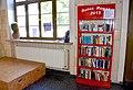 Öffentlicher Bücherschrank, Rotes Regal, Bahnhof Balingen.jpg