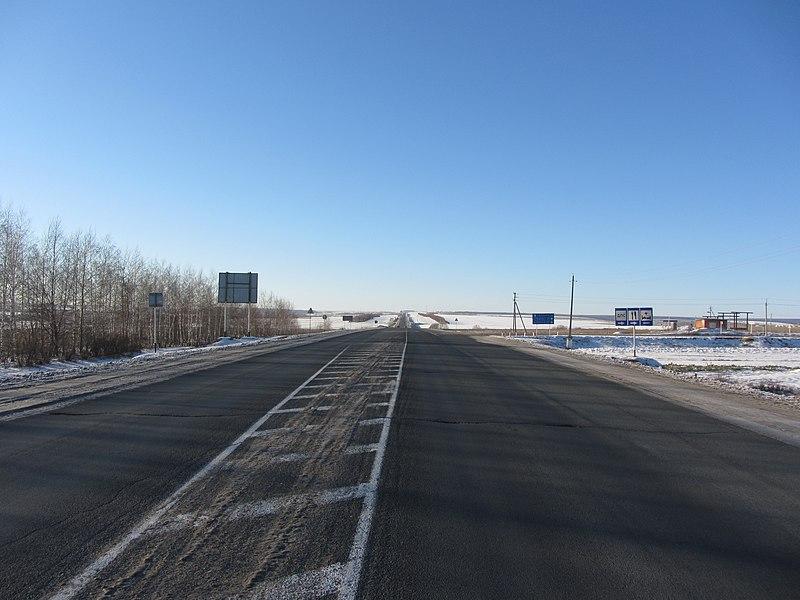 File:Автодорога Р178 возле посёлка Дубёнки, Мордовия.jpg