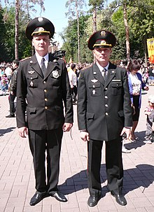 Военная полиция Википедия Офицеры военной полиции Казахстана в парадно повседневной форме чёрного цвета