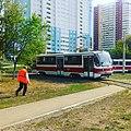 Трамвай 71-405 в Постниковом овраге, Самара, Россия.jpg
