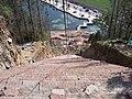 未知用途的陡坡 - panoramio.jpg