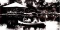 高岡古城公園の池.png