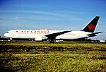 145dy - Air Canada Boeing 767-333ER, C-FMWV@CDG,11.08.2001 - Flickr - Aero Icarus.jpg