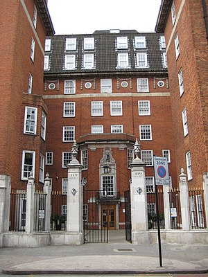 English: 149 Harley Street