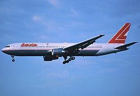 178al - Lauda Air Boeing 767-3Z9ER, OE-LAE@ZRH,29.06.2002 - Flickr - Aero Icarus.jpg