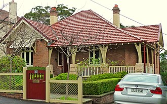 Gordon, New South Wales - Image: 17 Nelson Street Gordon