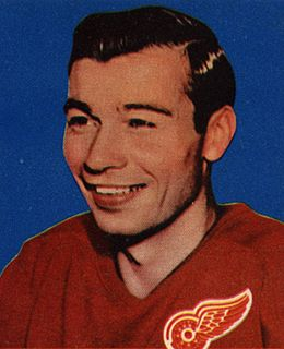 Guyle Fielder American-born Canadian ice hockey player