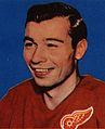 1957 Topps Guyle Fielder.jpg