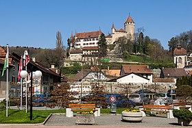 Lucens village and castle