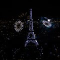 2012 Fireworks on Eiffel Tower 22.jpg