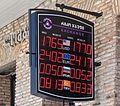 2014 Tbilisi, Tablica elektroniczna z kursami walut.jpg