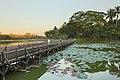 2016 Rangun, Jezioro Kandawgyi (10).jpg