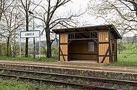 2017 Przystanek kolejowy w Ławicy 3.jpg