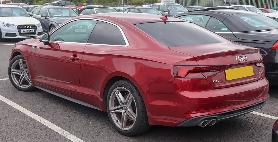 Audi A5 - Howling Pixel