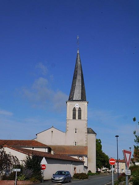 L'église Saint-Gervais et Saint-Protais.