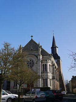 49 Saint-Martin-du-Bois église 01.JPG