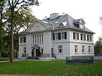 Hotel Villa Heine Kontaktzeiten