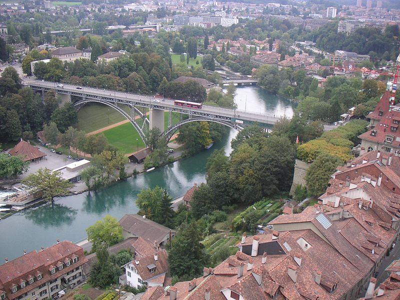 File:Aare river in Bern.jpg