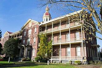 House of Providence (Vancouver, Washington) - Image: Academy Building 1