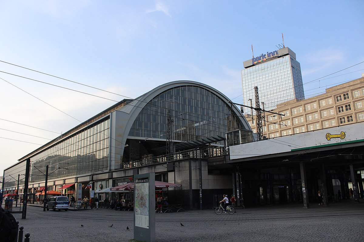 Alexanderplatz photo1.jpg