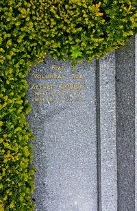 Alfred Döblin Gravestone.jpg